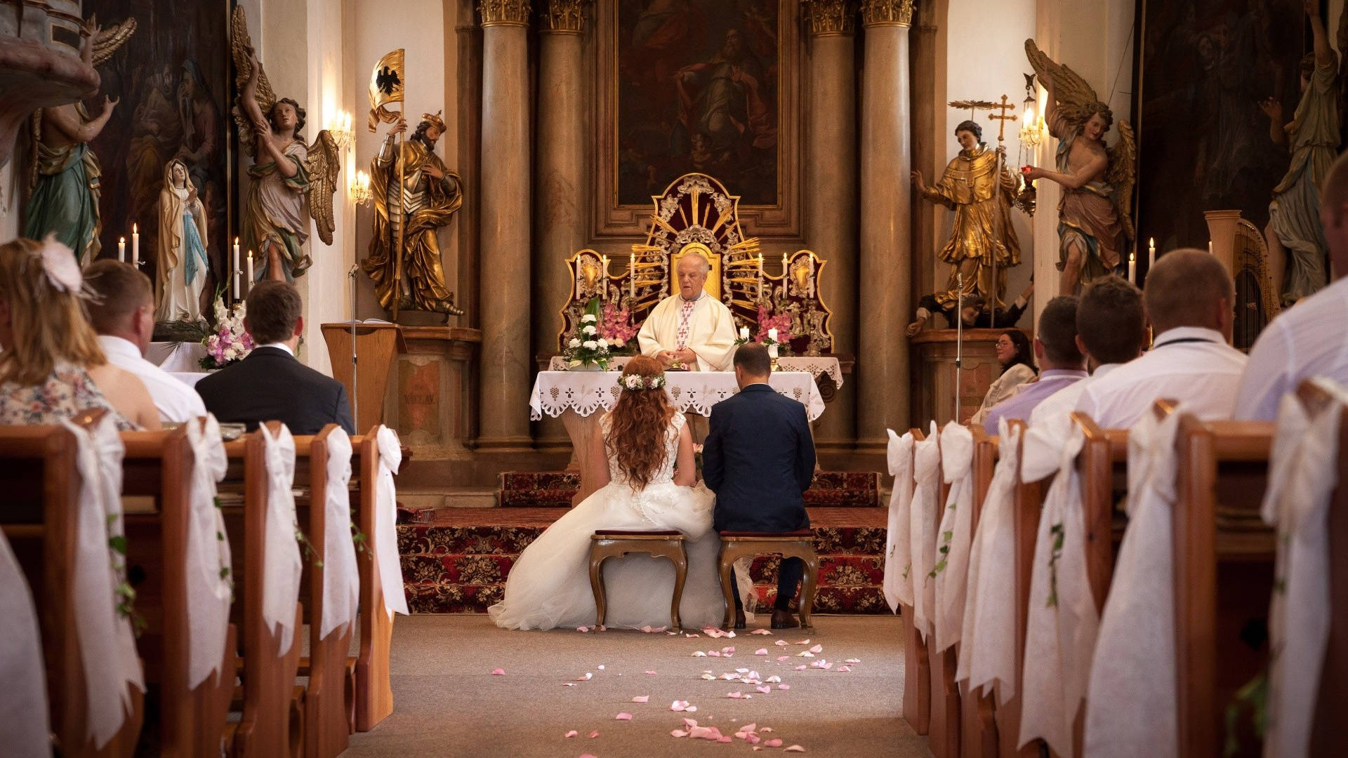 Svatba v kostele, fotovalek.cz