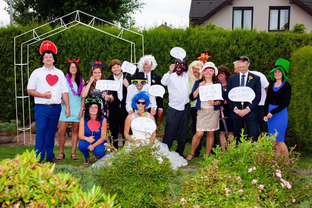 Legrační fotka na svatbě