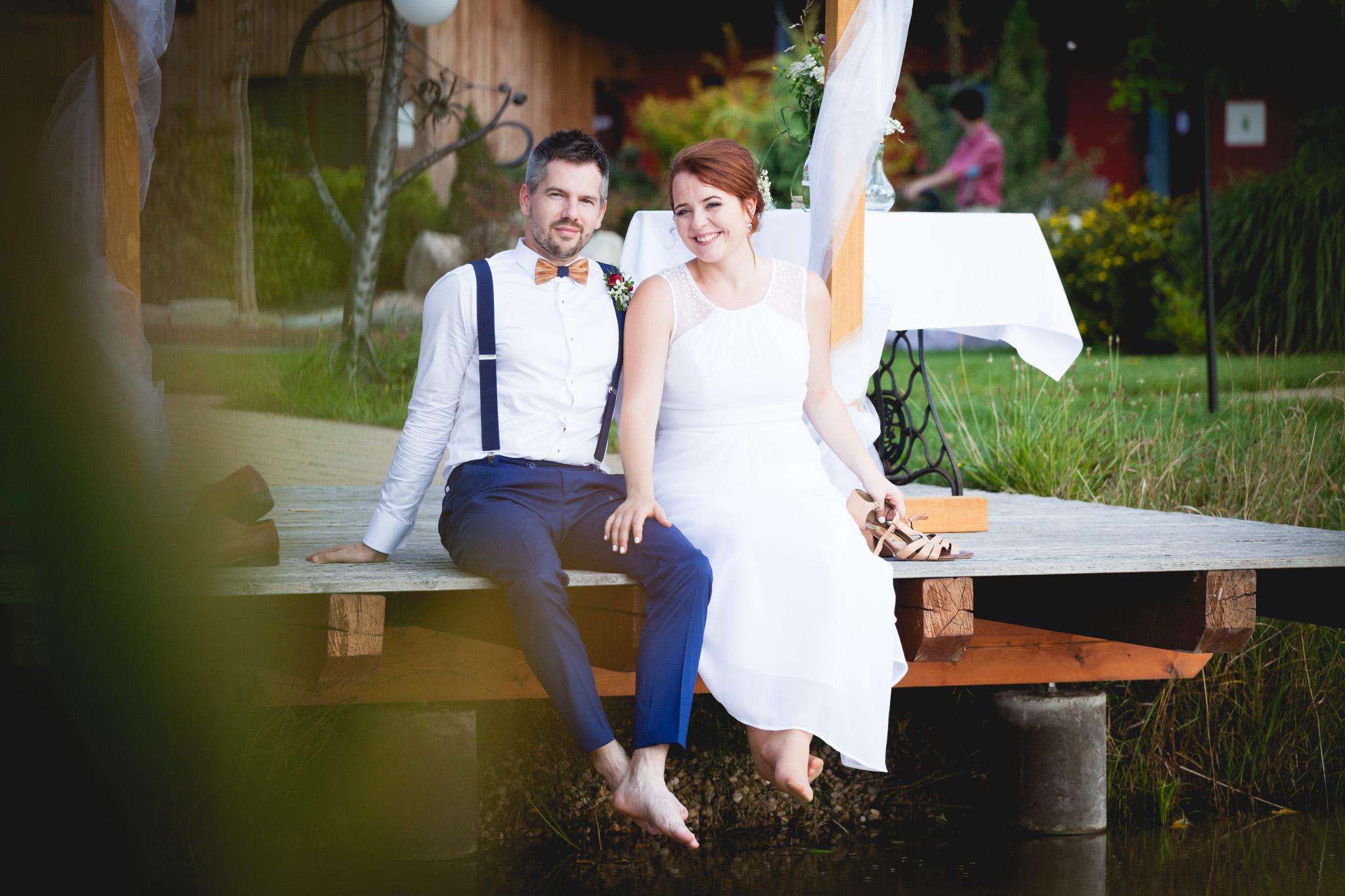 Nevěsta, ženich, portrét, molo, svatba
