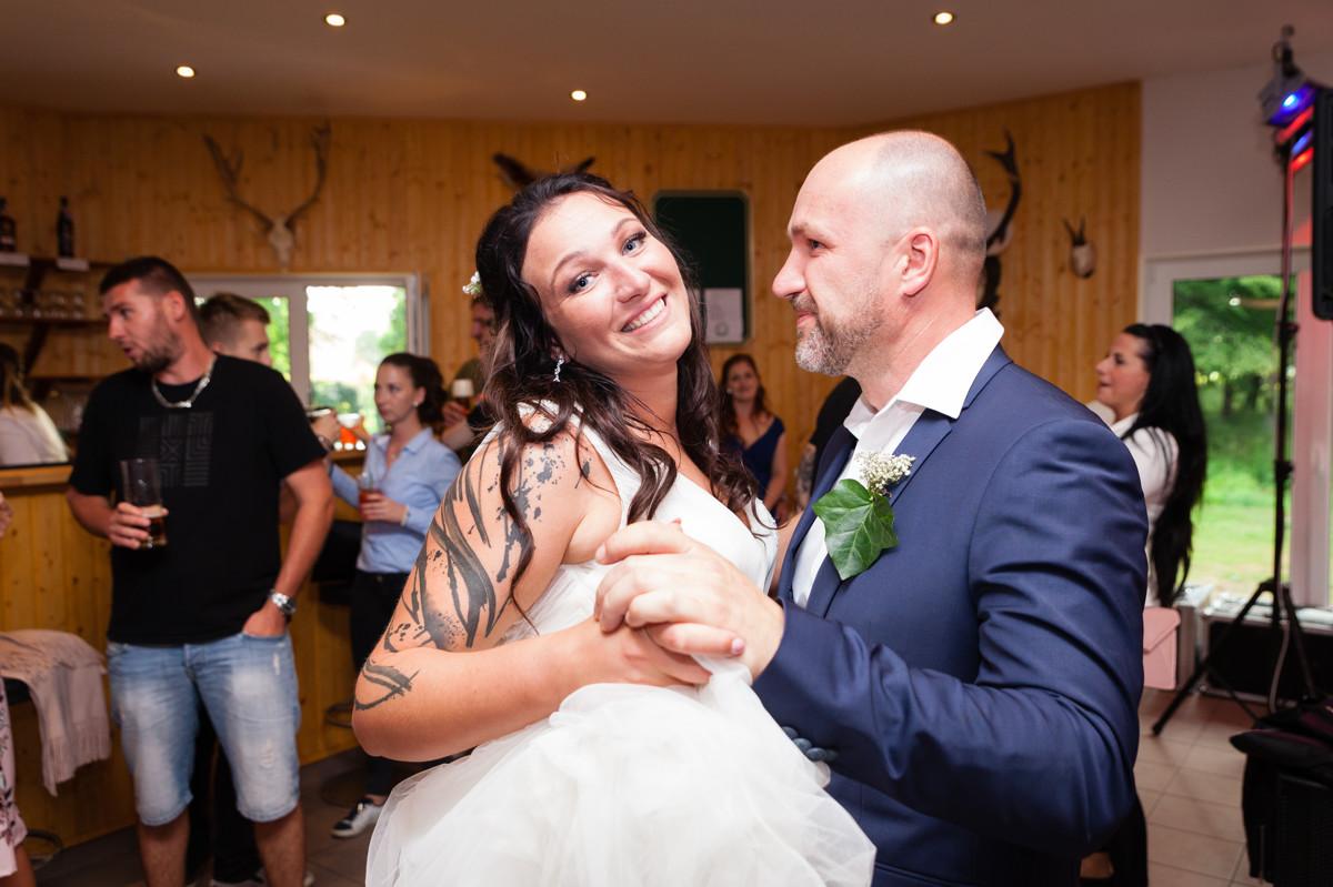 Nevěsta tancuje s tatínkem