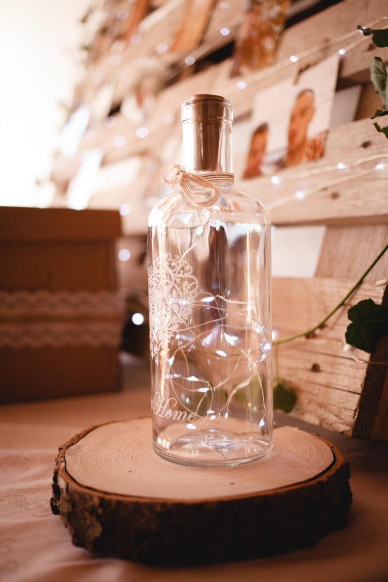 Svatební ozdoby, LED v lahvi, detail