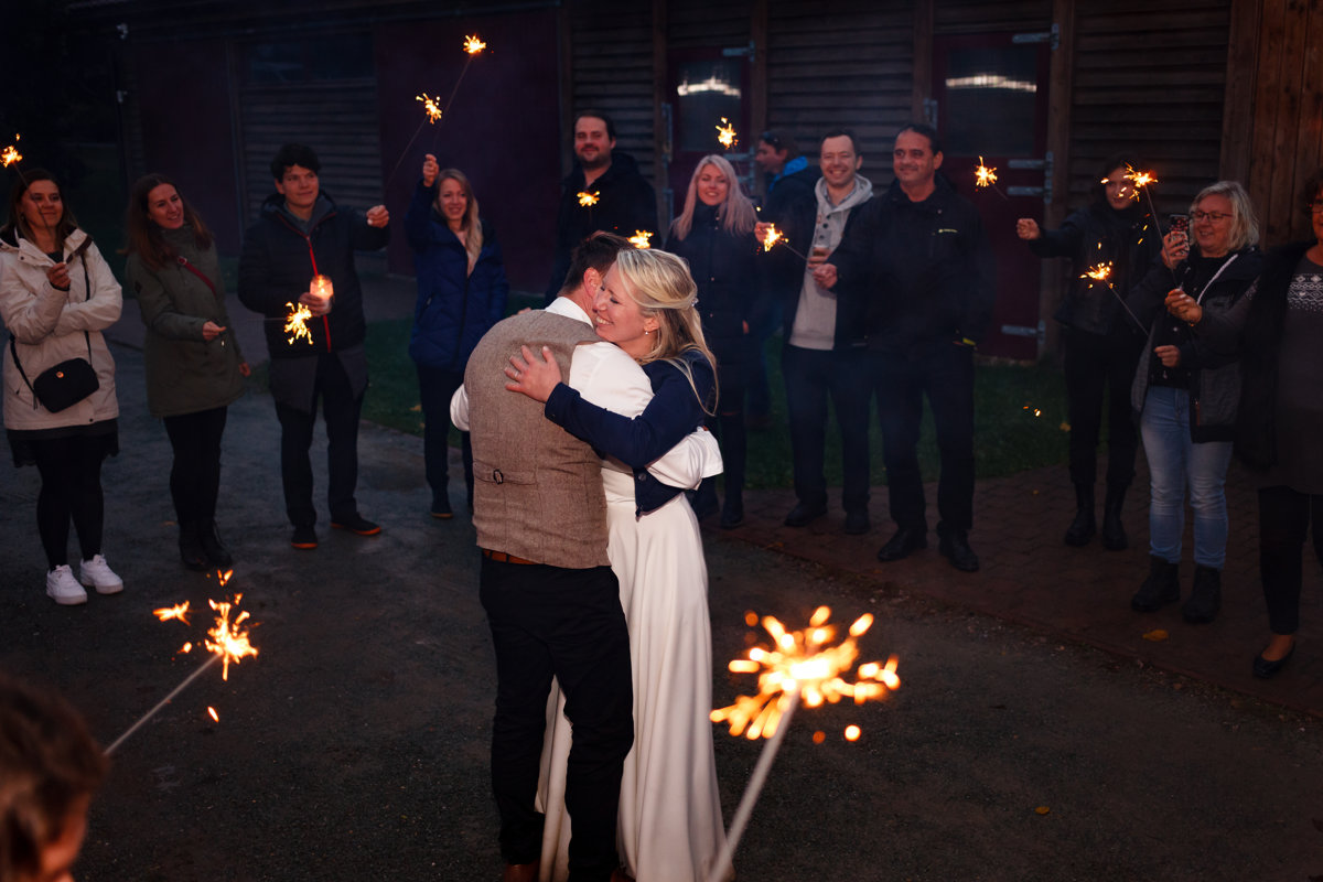 První novomanželský tanec s prskavkami, svatba Ranč Orlice