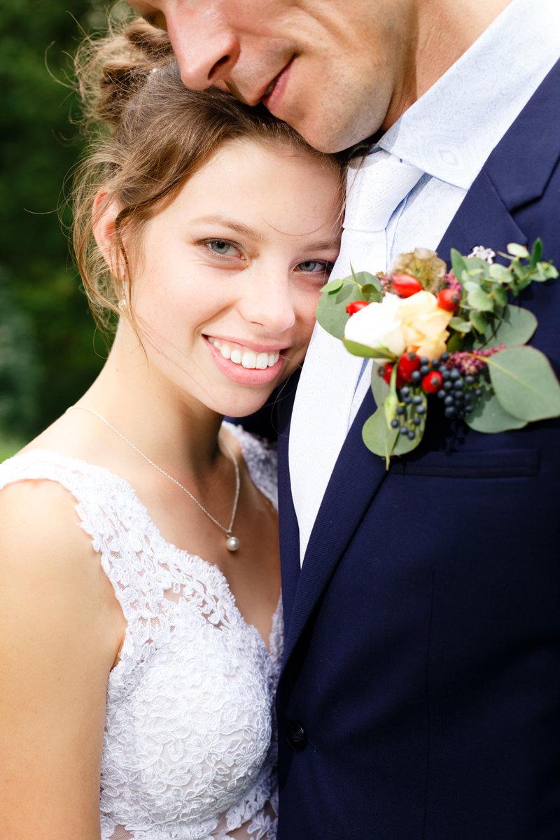 Svatební portrét, detail na nevěstu
