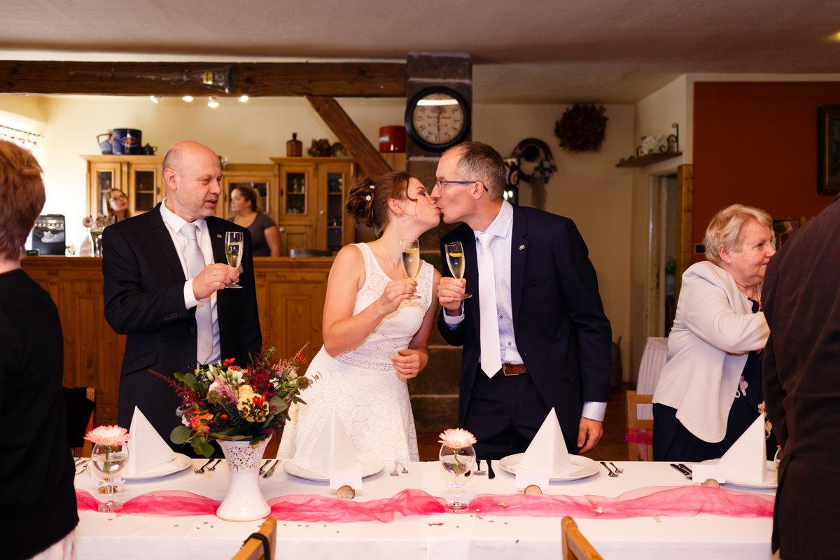 Svatební přípitek, Obora Trpišov