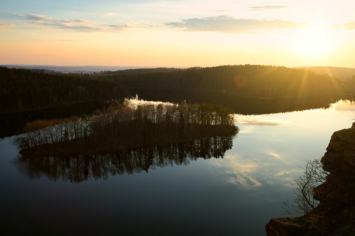 Západ slunce ze zříceniny hradu Oheb, Seč