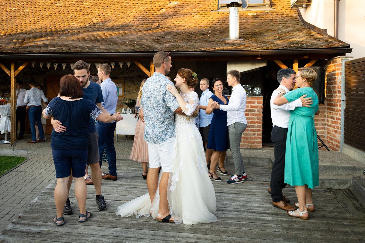 Tancování na svatbě